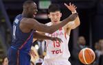热身赛:中国男篮57-107不敌美国