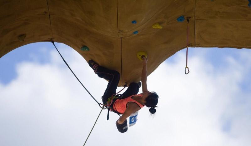 岩壁之舞——全国攀岩分站赛拉萨站