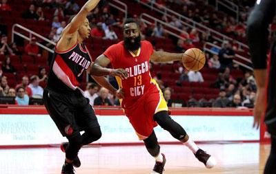 NBA-哈登26+12+14 火箭6人得分上双胜开拓者