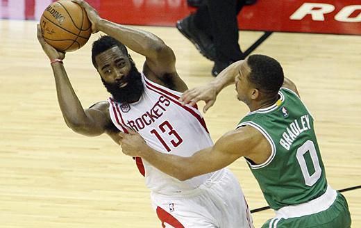 NBA常规赛:雷霆胜老鹰 火箭擒凯尔特人