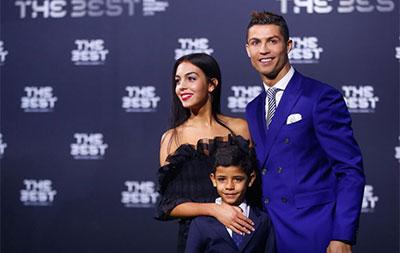 C罗压梅西荣膺2016世界足球先生 生涯2夺魁