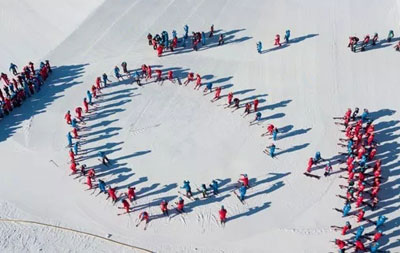 初?#20301;?#38634;者占比超75% 滑雪从业者如何破局?